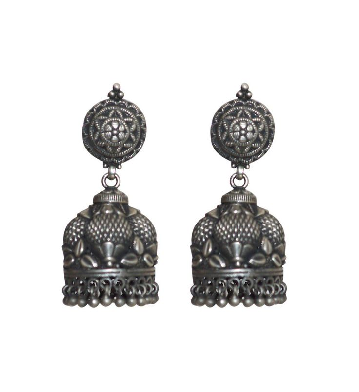 Long silver earrings online are the perfect blend of tradition and modernity with exclusive design done by artisans from Rajasthani Villages. http://www.rajsi.in/products/earrings.html