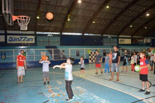 STUDIO PEGASUS - Serviços Educacionais Personalizados & TMD (T.I./I.T.): JOL (Esportes):Clube de basquete de Cruz Alta lanç...