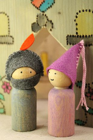 Waldorf-inspired peg gnomes ... ready to play. Hand-made by Lavender Chickadees.