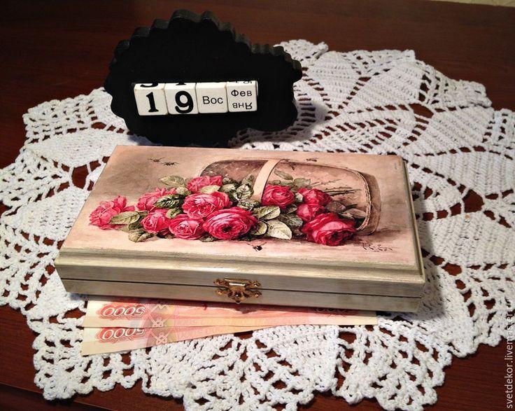 """Купить Купюрница, шкатулка для денег """"Розы в корзине"""", декупаж - комбинированный, купюрница декупаж, купюрница-шкатулка"""