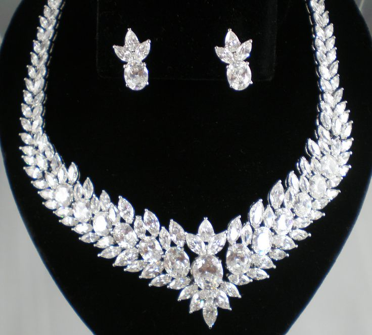 Harry Winston Necklace Collection | Set Neck/R - Harry ...