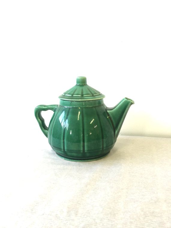 French teapot the 50s vintage by AeppleVintage on Etsy