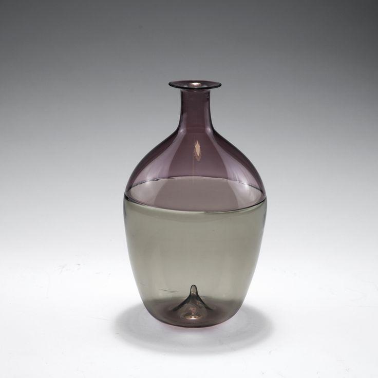 Auction 122B - Tapio Wirkkala. 'Bolla' vase, 1966-68.
