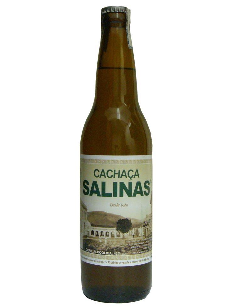 A cachaça Salinas é produzida artesanalmente desde 1986 na cidade de Salinas no norte de Minas Gerais. A cachaça Salinas é envelhecida em bálsamo.