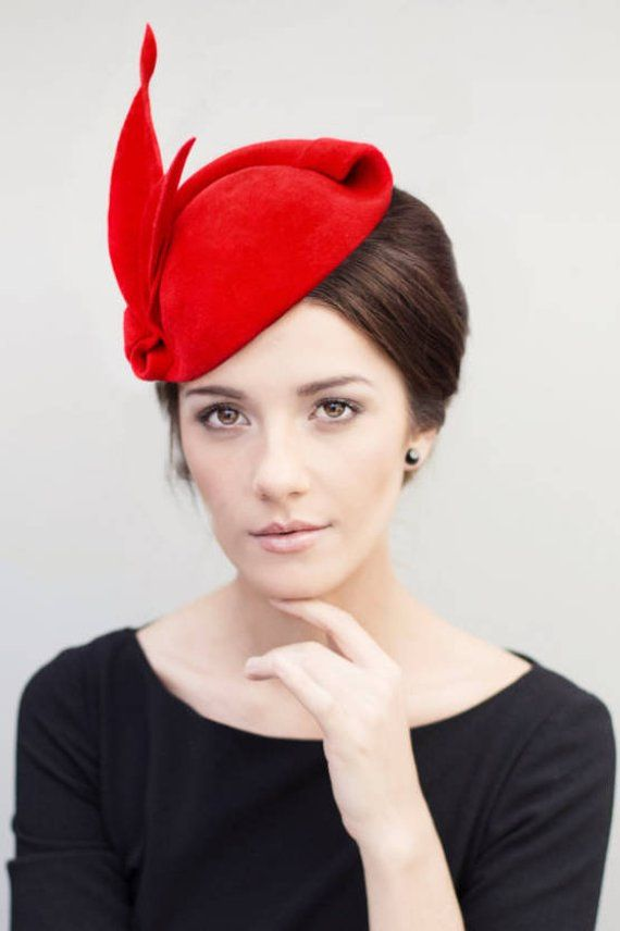 d992b86fcd403 Red Fascinator Hat Old Hollywood Glamour Pin Up Headpiece