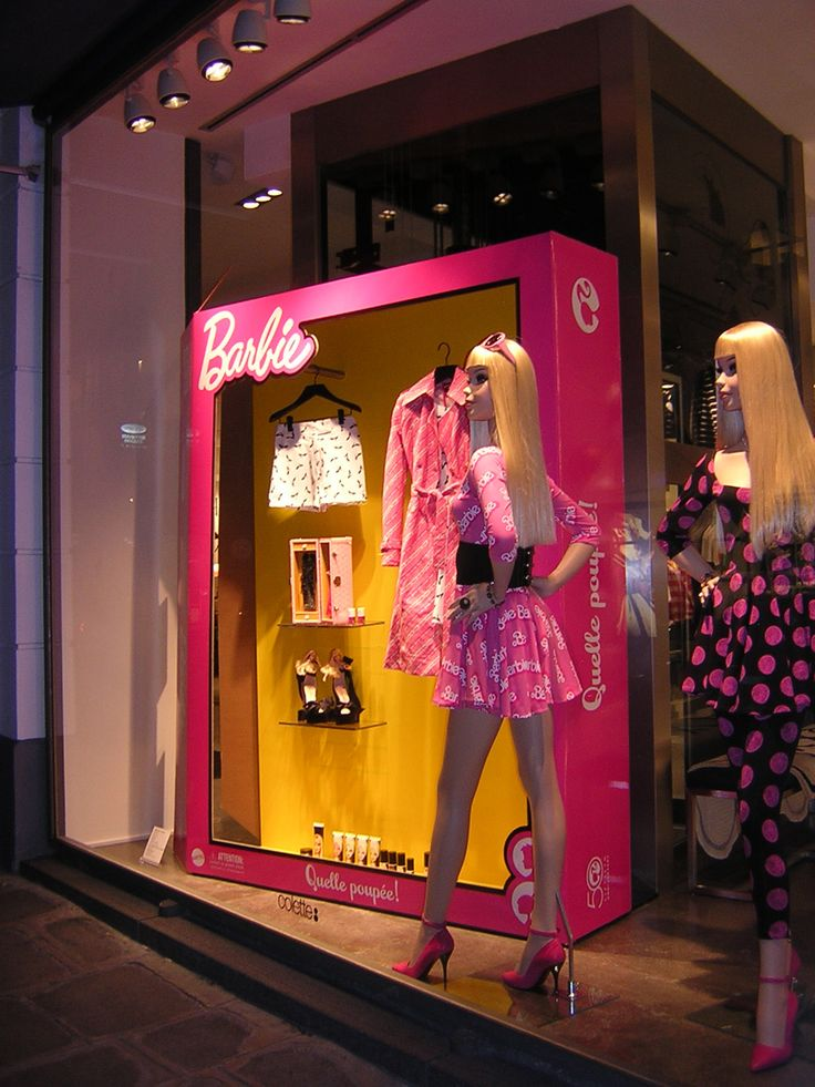 Barbie store window display at Collete Paris
