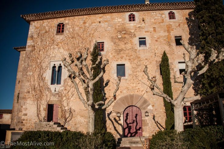 This alone could be my sole reason for it being one of my highlights however, Castell de Rocaberti is both set in a picturesque part of the Catalan countryside,
