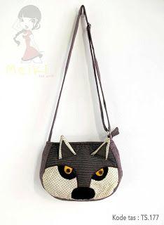 Tas  handmade yang cantik kode tas:177 cocok abg untuk bepergian maupun sehari-hari dengan harga Rp 89.000.  HP : 088801005134 / 087880958811 / Add PIN: 315BE3EC
