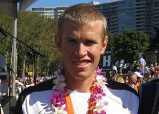 American marathoner Ryan Hall, chose Italian Renato Canova as his new coach