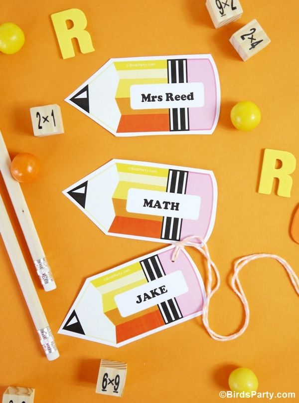 Back to School: Free Printable and Editable Name Tags  by Bird's Party