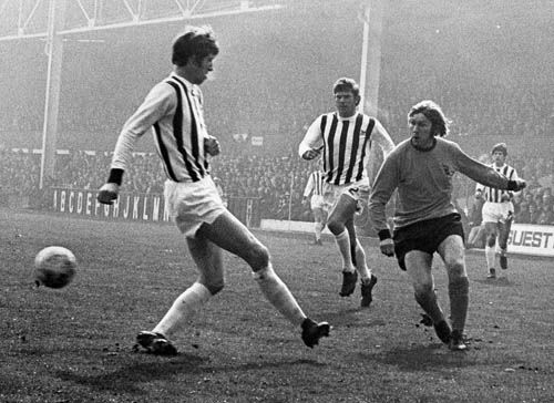 20th March 1971. Wolves winger David Wagstaffe out flanking West Brom duo John Wile and John Kaye at the Hawthorns.