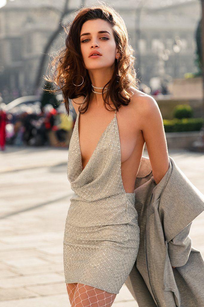 Lavish Dress   Xenia Boutique   Women's fashion for Less - Fast Shipping
