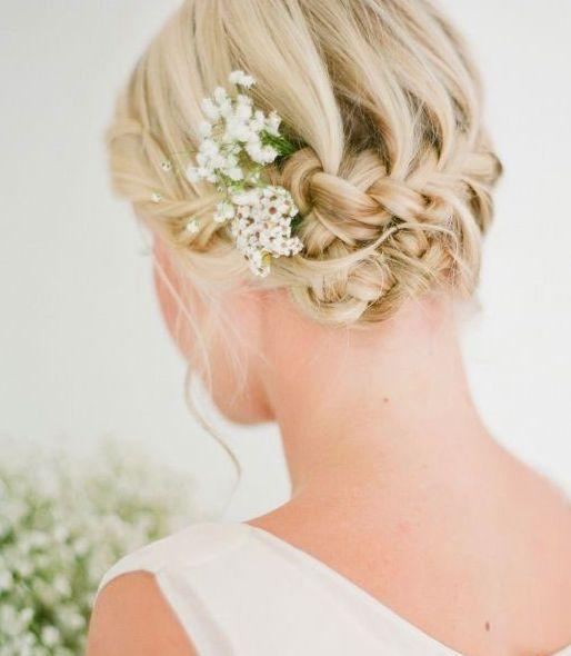 Hochzeits-Styles für kurzes Haar