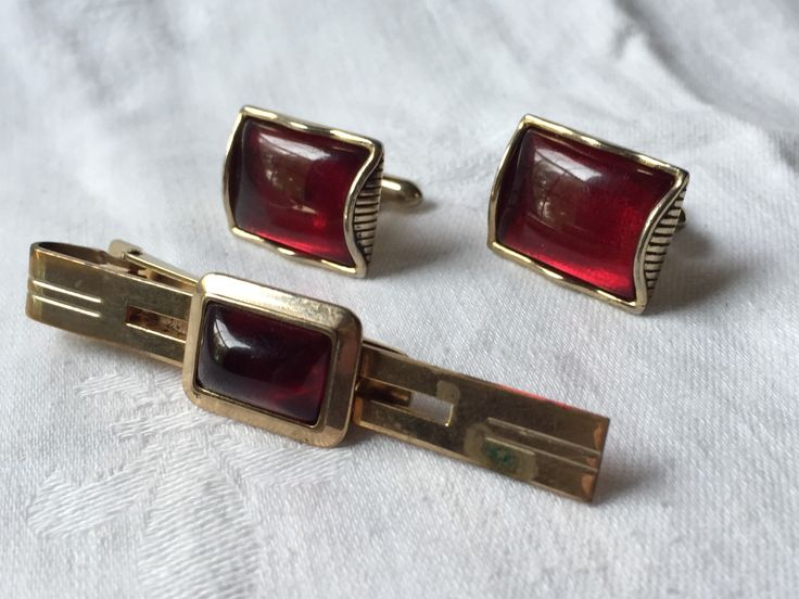 Men's Cufflinks Tie Clip Set For French Cuff Red and Gold Ruby semi precious stone by StudioVintage on Etsy