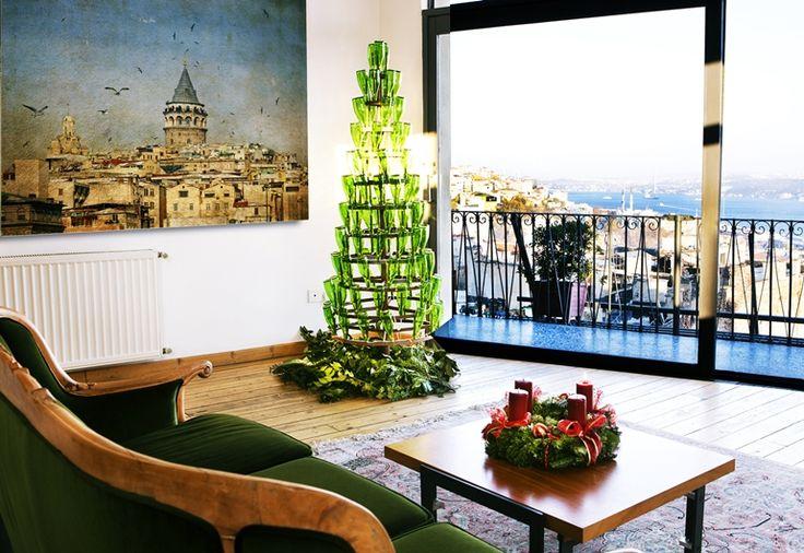 Make an Unconventional Christmas Tree!