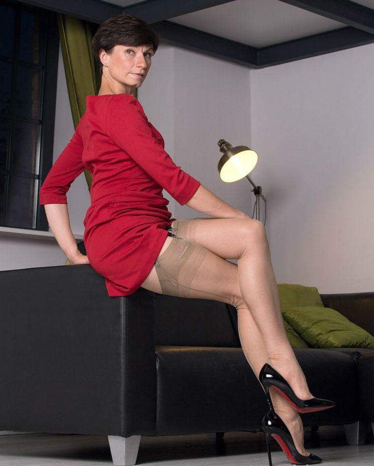 mature heels nylons boy creampie
