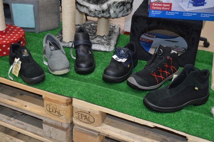 🔈NOVEDAD !! #Calzado de Seguridad para #Trabajar de la marca Española Fal. #Zapatos de #trabajo y #Botas de seguridad profesionales disponible ya en  😍TOT D'ANIMALS. estamos en La Nucia (junto LDL) ABIERTO de 8:30 a 20:30 de Lunes a Sábado Ven a probártelas !! ☎️Telf:965870797