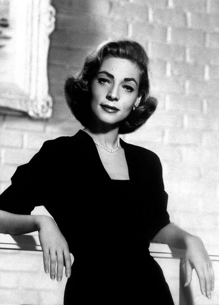 Lauren Bacall fallece a los 89 años dejando un legado digno de recordar siempre. http://www.vogue.mx/articulos/lauren-bacall/3892#