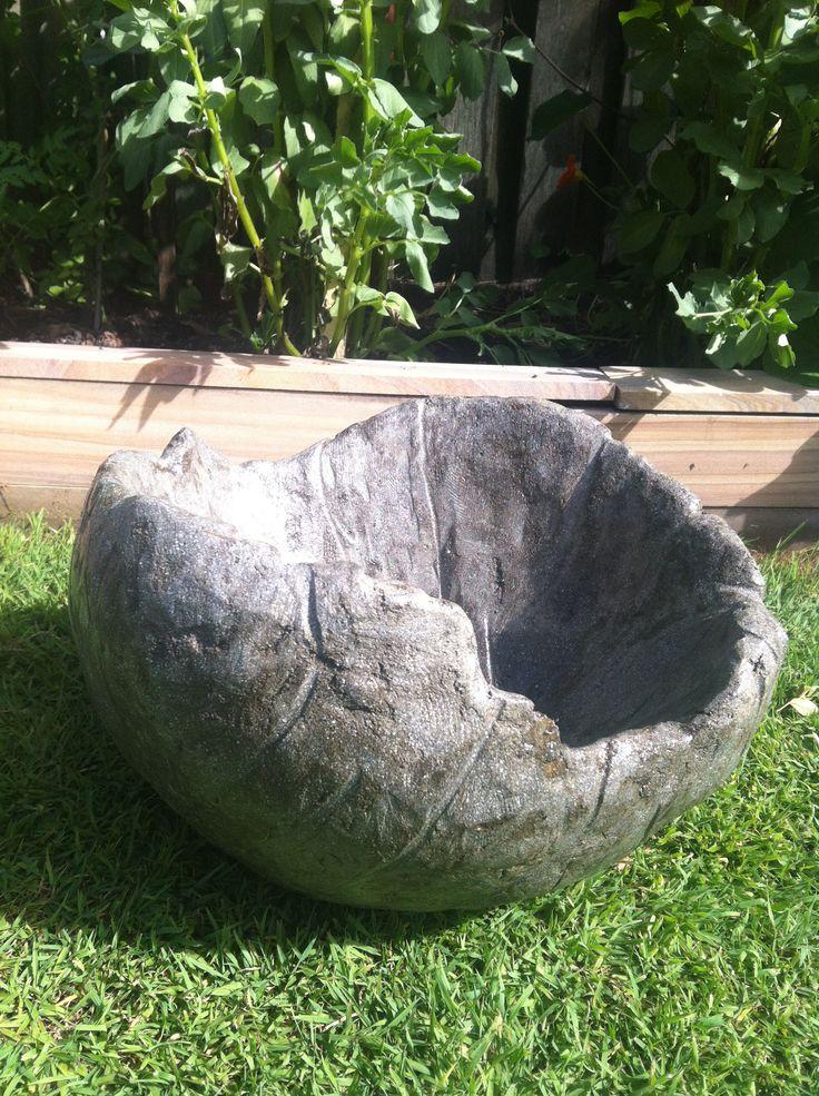 "Simply organic, Pet Drinking bowl ""Rainwater"" Cement Fondue"