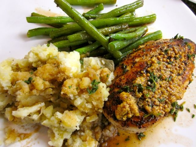 Mustard-Pepper Chicken with Herb Sauce « Eye for a Recipe