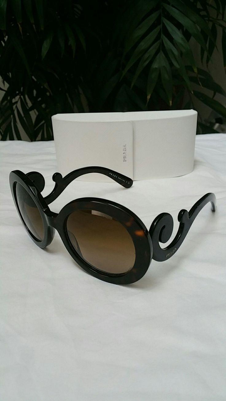 Prada spr27n minimal baroque sunglasses Womens 8/10 round $160 #prada #sunglasses #style #luxury #ebay Sold