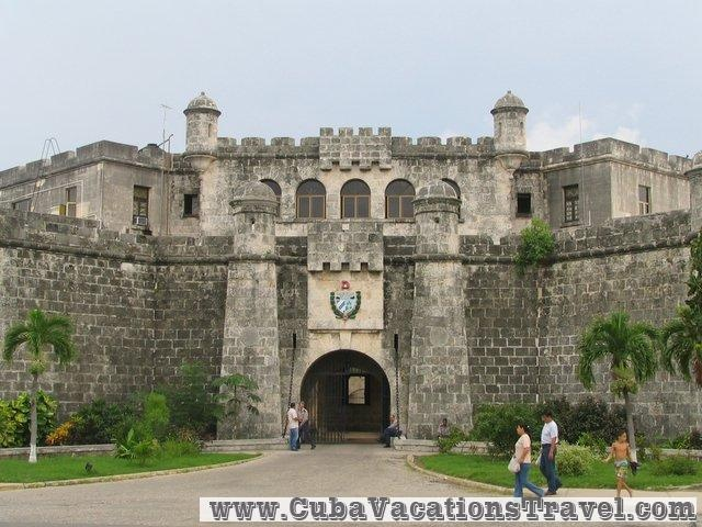 Entrance of the Castillo de la Fuerza, Historical places. Havana