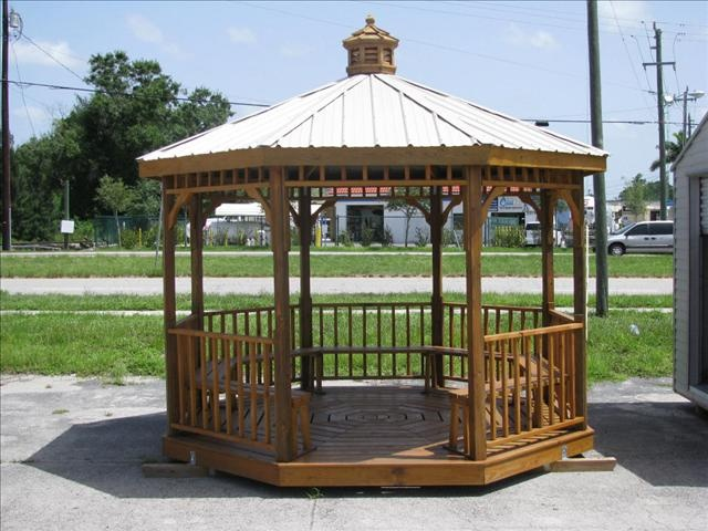 12 X 12 Octagonal Gazebo. Metal Roof, Cupola, Top And Bottom Spindles See