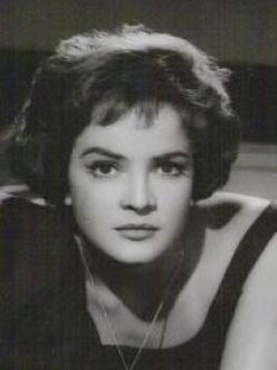 Yolanda Varela (1930-2009) Fue una actriz Mexicana, que trabajo en la llamada Época de Oro del Cine Mexicano, además de en algunas coproducciones con España.