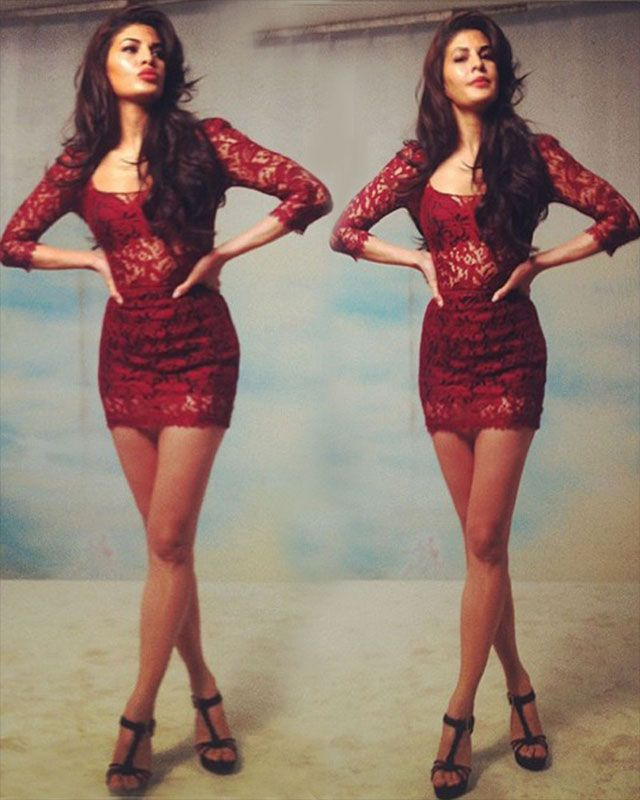 After Salman, all eyes are currently set on Jacqueline's hot entry! Ms. Fernandez made a bold statement in a feminine red lace dress by Dolce  Gabbana.