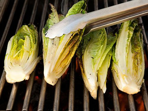 10 unexpected foods to bbq on the grill - Yahoo! Think I might try the fruit kabobs and the Romaine.. though they all sound interesting