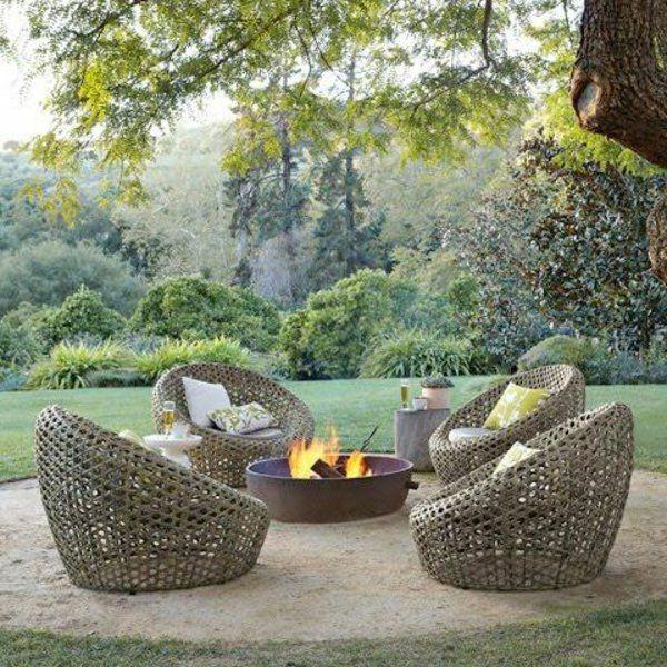 25 Outdoor Rattanmöbel - Lounge Möbel aus Rattan und Polyrattan