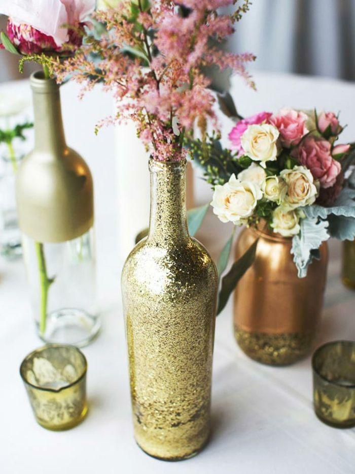 1001 Ideen Fur Blumengestecke Selber Machen Diy Hochzeitsdeko Tischdekoration Hochzeit Hochzeit Weinflaschen