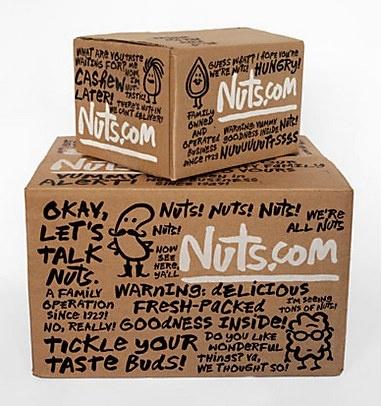 Das sieht doch ziemlich handmade aus, auch wenn die Versandbox bedruckt ist. Design: White Maqui, London www.whitemaqui.com