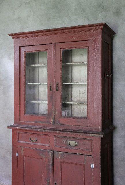 Brocante buffetkast ossenbloedrood inndoors meubelen en interieur inndoors unieke meubelen - Kledingkast en dressoir ...