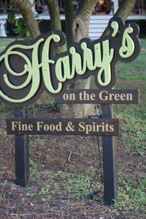 Just have dinner … at Harry's on the Green
