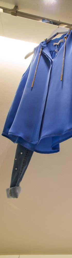 Nuova collezione donna #evolutionboutique #summer2016 #evolutionoutlet #grandioutlet #grandifirme #igs #shopping #dopoilmarevolution #sole #mare #weekend #jeans #perle #outletbari #outletpuglia #moda #evolutioncard  #cool #glamour #weareinpuglia #vacanza #Polignanoamare #eccellenza #moda #Puglia  #camicia #modadonna #pattern #flower #vestiti
