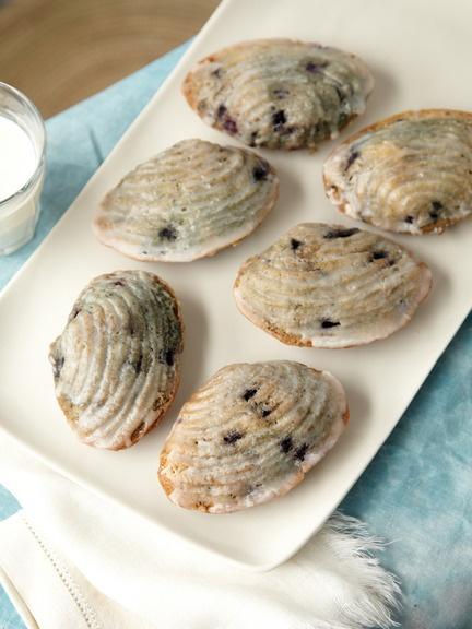 CRANBERRY ISLAND KITCHEN Blueberry Buttermilk Cakes When Martha Stewart Was  In Maine, She Stumbled Upon