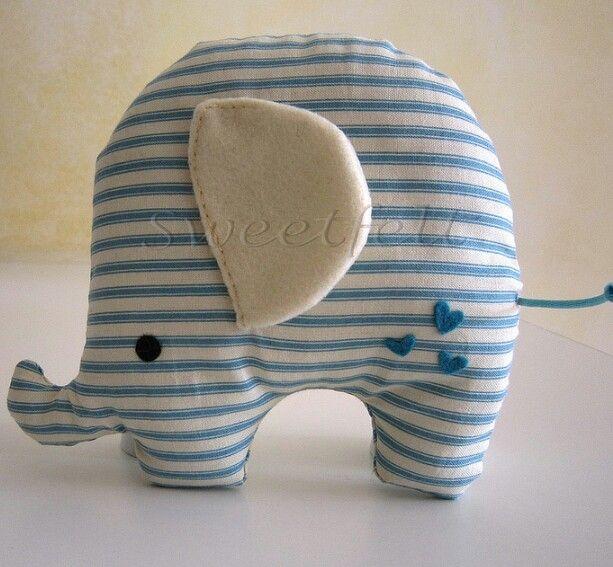 Elefantino di stoffa ( foto da web)