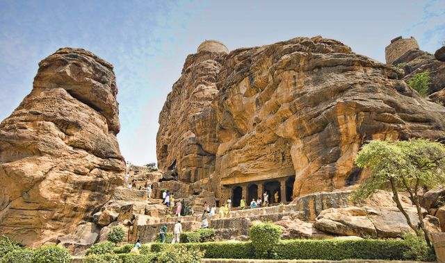 10 Places Find Amazing Caves in India: Badami, Karnataka