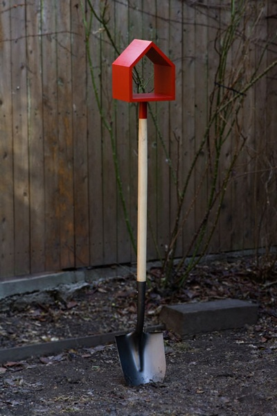Shovel Birdhouse by Jan Habraken
