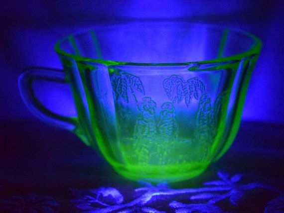 Federal Glass Green Depression Parrot Cup by ShellysSelectSalvage