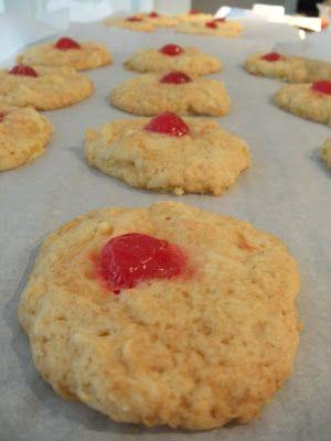 Whatcha+Makin'+Now?:+Hawaiian+Cookies+(with+Coconut,+Pineapple,+and+Cherries)