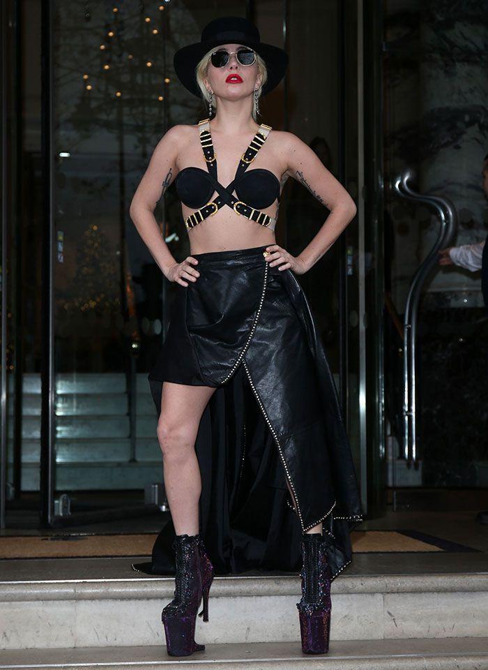 lady gaga wears gothic purple boots and harness bra in london lady gaga - Purple Hotel 2016