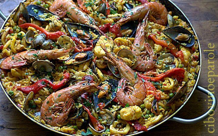 Paella de marisco. #ricetta di @annamolino