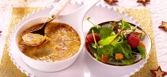 Delhaize - Crème brûlée met ganzenlever, salade met frambozen en dobbelsteentjes van peperkoek
