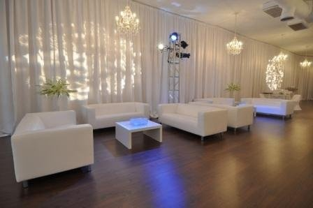 Cocktail time.. love the white couches!