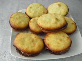 ¡FRESA, CHOCOLATE Y THERMOMIX!: CONCHAS DE NUTELLA (THERMOMIX Y TRADICIONAL)