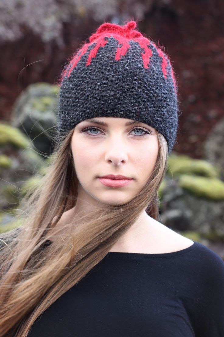 Free Pattern - Bárðarbunga volcano Wool Hat by Ístex - just added to alafoss.is #bardarbunga #volcano #iceland #freepattern #knitting