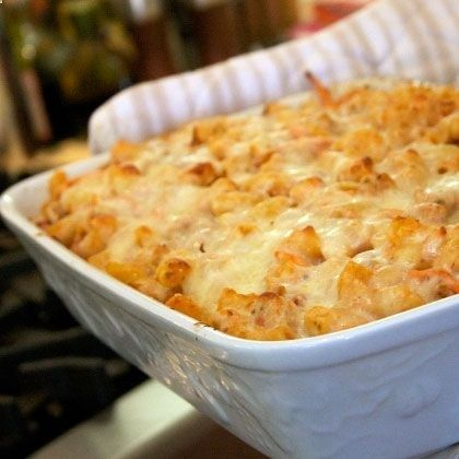 Almost Lasagna Beautifully baked rotini pasta and cheese pair with veggies and ground turkey in this super-easy casserole. Use low fat cheese to reduce the calorie load, and add spinach, zucchini or carrots into its bubbly deliciousness.