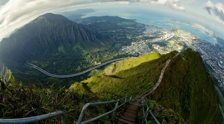 Stairway to Heaven, Ohau, Hawaii,USA | holidayspots